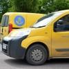 Postens gula bilar ersätts med PostNords blåa fordon och logotype.